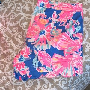 NWOT Lilly Pulitzer scallop shorts